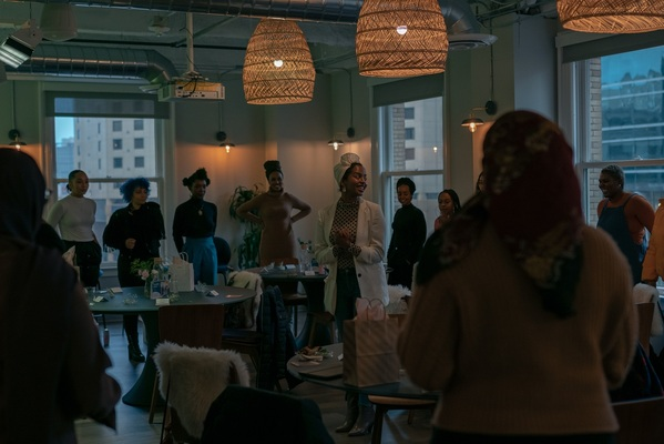 The creative wellness brand, The Cirri occasionally hosts workshops for upcoming creatives to learn tips and tricks of succeeding in the art industry.
