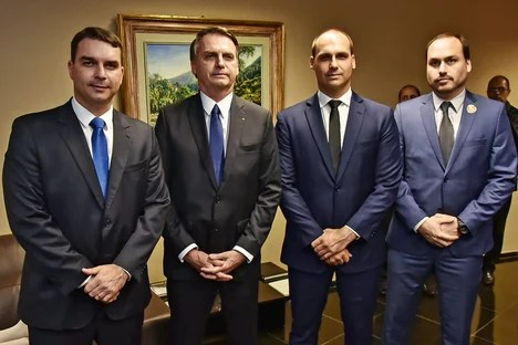 Bolsonaro passed the crack to his children after Ana Cristina's betrayal, says website