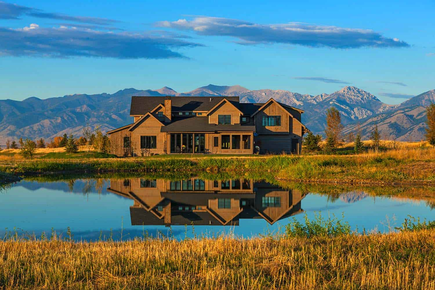 Modern Farmhouse In Montana With Surprising Details Throughout