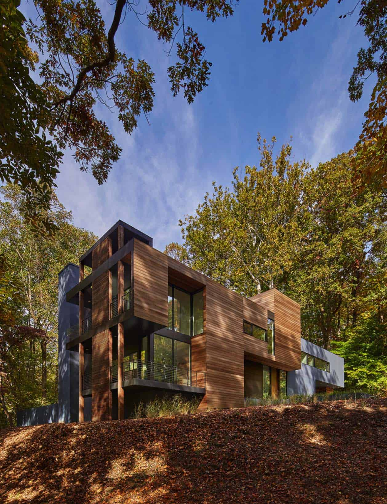 Forested Modern Home In Maryland Offers Views Of Potomac River