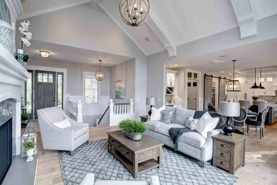 Beautiful contemporary coastal home nestled on the shores ...