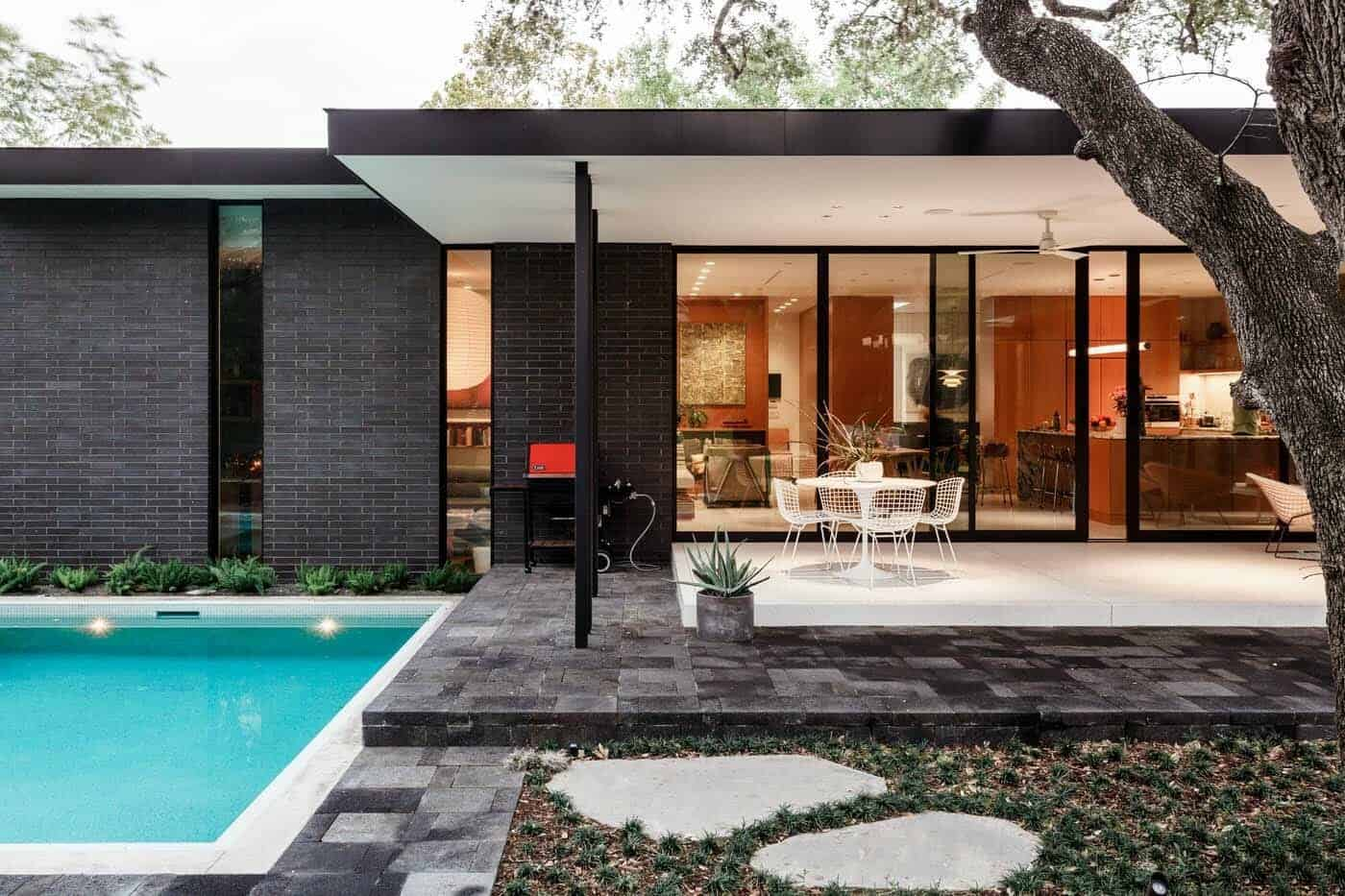 Mid Century Modern Home Offers Fresh And Inspiring Details