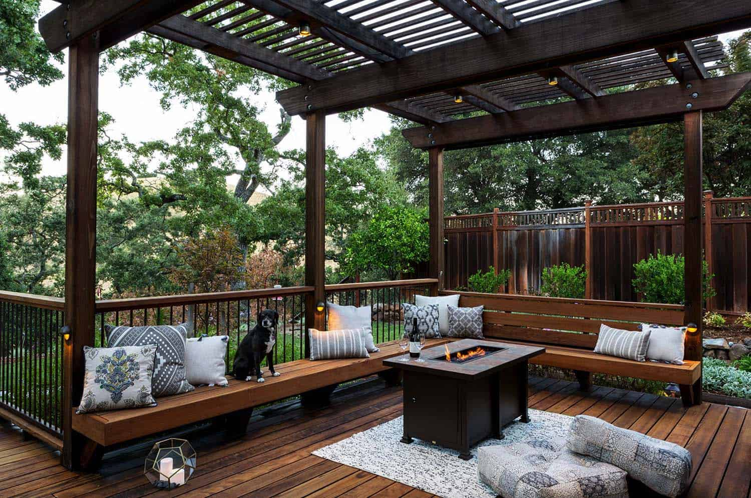 creating beautiful outdoor living spaces