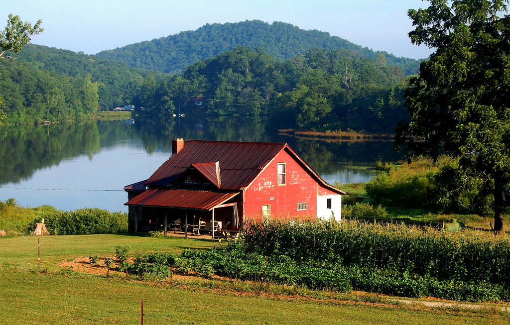 13 Charming Farmhouses In Georgia