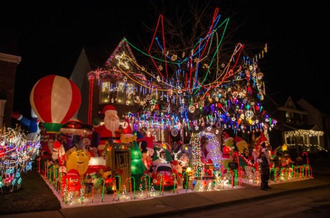 Best Tacky Christmas Decorations Ideas 42 Pics Izismile