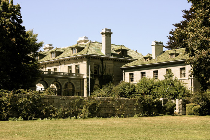 3. Eolia Mansion at Harkness Memorial State Park (Waterford)