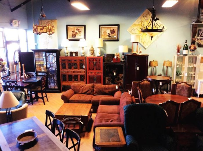 The Best Rural Flea Market In Colorado Is Annies Home