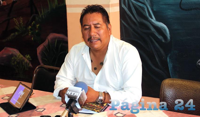 Felipe Pinedo Hernández, miembro del FPLZ, exhortó a las autoridades a que no se permitan las semillas e implementos agrícolas de origen transgénico, por la peligrosidad de los productos cancerígenos que se ha implementado por parte de la empresa global Monsanto (Foto: Rocío Castro Alvarado)