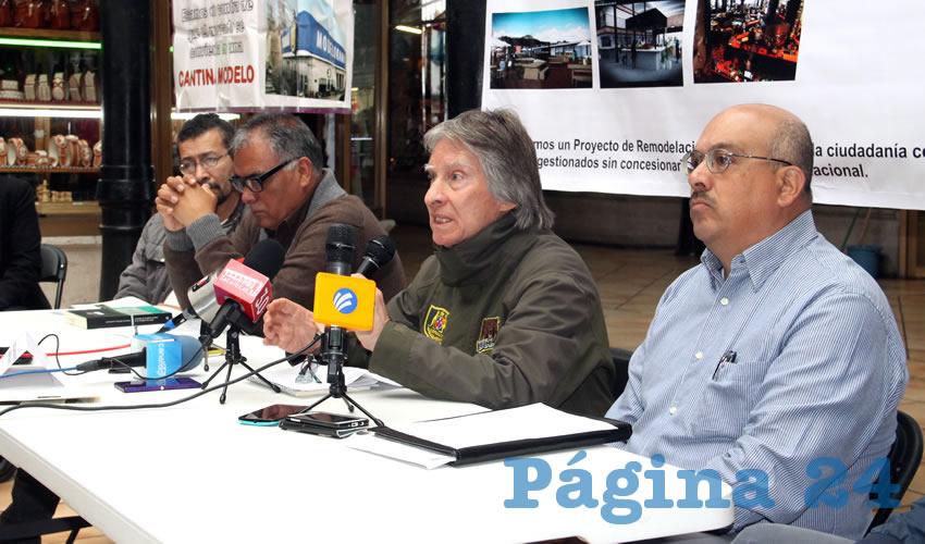 Carmelo Ramos: Los trabajos que ya se han realizado en el Mercado son hechos arbitrariamente, pues se requiere de permisos especiales para la intervención (Foto: Rocío Castro Alvarado)