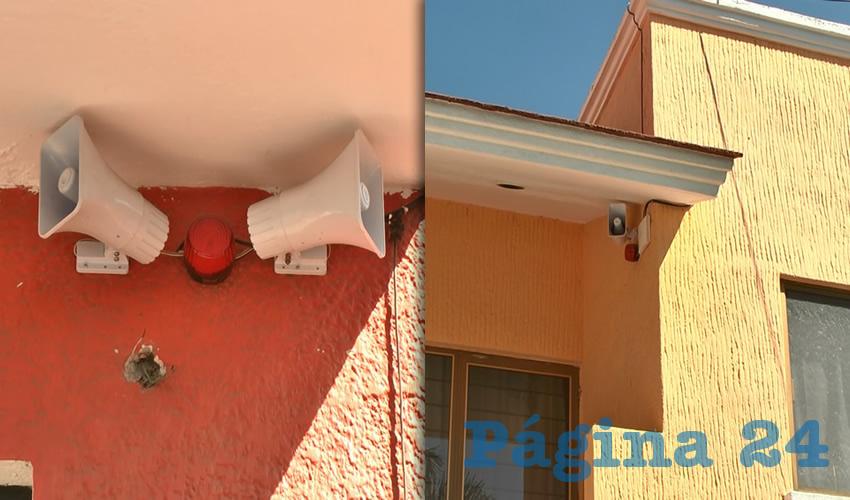También instalaron un sistema de alarma con altavoces que se activa ante la sospecha de que hay gente indeseable merodeando las casas y vehículos que están estacionados en las calles