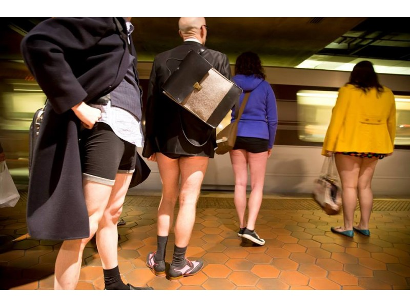 No Pants Subway Ride Sunday On The DC Metro Georgetown