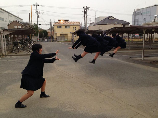 Faking Anime Fight Scenes is Emerging As a Fun Photo Fad in Japan attack5