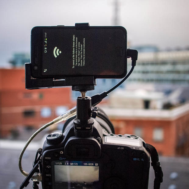Give Your DSLR a Brain by Connecting an Android Phone phonemounted 6 copy