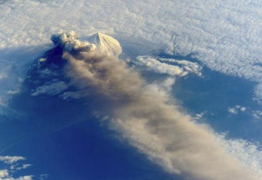 Alaskan volcano photographed from the International Space Station. Credit: NASA