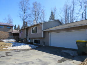 18048 Tonsina Court, Eagle River, AK 99577