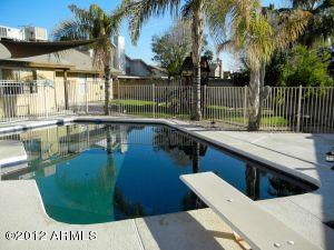 8049 W DREYFUS Drive, Peoria, AZ 85381