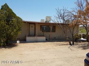 34175 S Mud Springs Road, Black Canyon City, AZ 85324