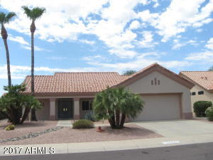 UPDATED & MOVE-IN READY~SPLIT BEDRM~TILE & HARDWOOD~SHUTTERS & MUCH MORE