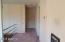 Hall to bathroom & bedrooms