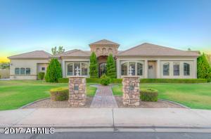 2604 E RAWHIDE Street, Gilbert, AZ 85296