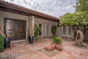 2413 E San Juan Avenue, Phoenix, AZ 85016