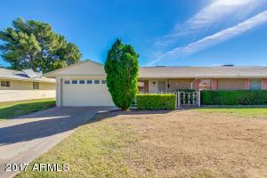 10425 W PRAIRIE HILLS Circle, Sun City, AZ 85351
