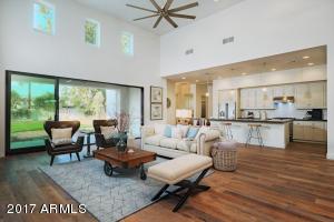 640 W ECHO Lane, Phoenix, AZ 85021