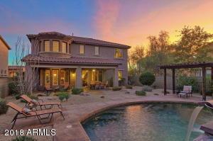 3818 E COVEY Lane, Phoenix, AZ 85050