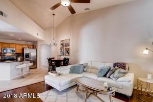 5249 E SHEA Boulevard, 207, Scottsdale, AZ 85254