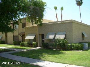 5702 N 43RD Lane, Glendale, AZ 85301