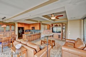 7157 E RANCHO VISTA Drive, 6007, Scottsdale, AZ 85251