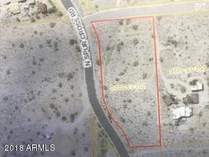 views ,cave creek and all that comes with an amazing lot