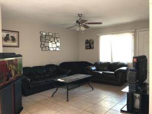 8864 N 48TH Drive, Glendale, AZ 85302