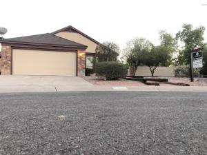 803 E ROCKWELL Drive, Chandler, AZ 85225