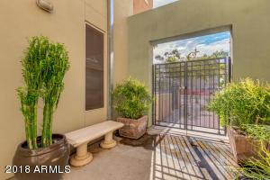 706 E WASHINGTON Street, 103, Phoenix, AZ 85034