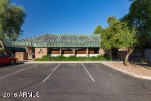 912 W CHANDLER Boulevard, Chandler, AZ 85225