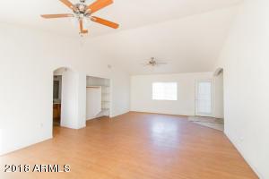 4741 S 28TH Street, Phoenix, AZ 85040