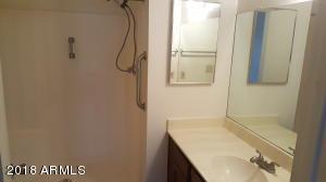 5236 W PEORIA Avenue, 222, Glendale, AZ 85302