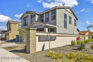 2324 S WYCLIFF Circle, Mesa, AZ 85210
