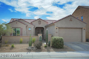 This beautiful 3 bedroom courtyard home resides in the gated community of Lone Mountain Estates. Located in NE Phoenix with a Cave Creek address.