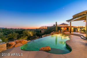 10215 E WINTER SUN Drive, Scottsdale, AZ 85262