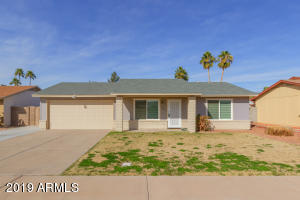 816 W ROSAL Place, Chandler, AZ 85225