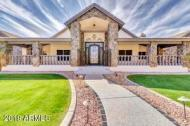 Homes for Sale in Glendale, AZ with a Guest House!