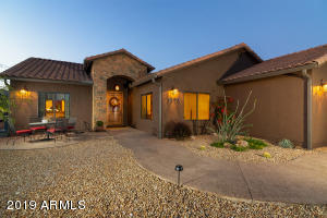 1370 E TONTO Street, Apache Junction, AZ 85119