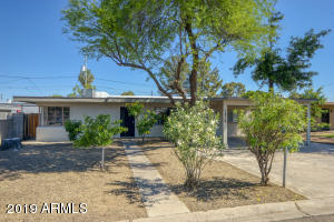 1816 E WHITTON Avenue, Phoenix, AZ 85016