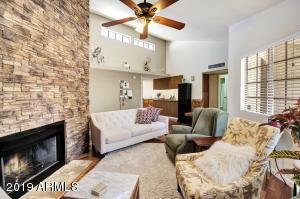 2020 W UNION HILLS Drive, 232, Phoenix, AZ 85027