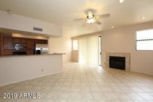 9705 E MOUNTAIN VIEW Road, 1111, Scottsdale, AZ 85258