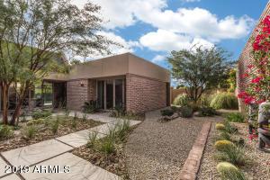 7038 N 11TH Drive, Phoenix, AZ 85021