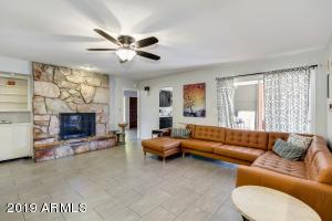 390 E BIRD Lane, Litchfield Park, AZ 85340