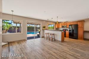 Updated Kitchen, Brand New Flooring, Brand New Microwave